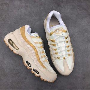Nike Air Max 95 Women's Shoes Desert Sand/Gold